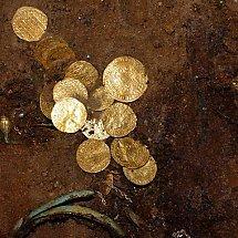 Prawdziwy skarb znaleziony pod posadzką bydgoskiej katedry!