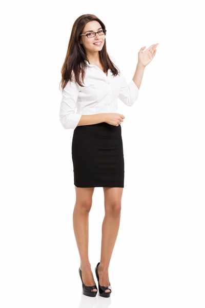 Spódnica szyta na miarę – z jakiego materiału?